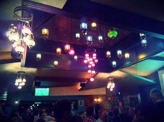 Cuba Libre Beach & Bar: In the evening