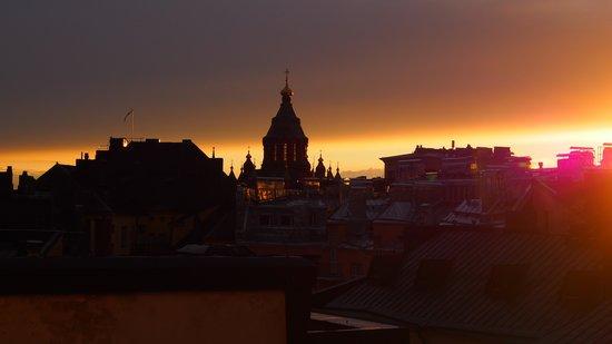 Hellsten Helsinki Senate: Sunset from our room.