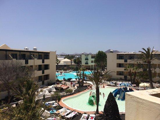 Apartamentos El Trébol : Our view from our balcony