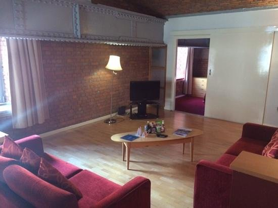 The Place Aparthotel: 2 bed deluxe