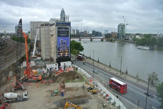 Plaza on the River - Club and Residence : View from room 851 showing construction site, Thames River, and railways
