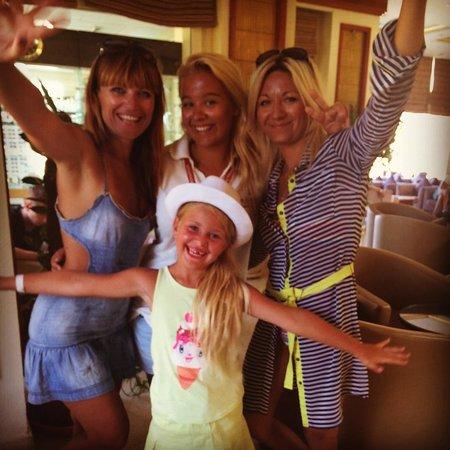 Rehana Royal Beach Resort & Spa: Мы и наша любимая Кlaudia)))