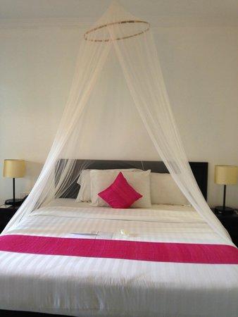 Kiri Boutique Hotel: Bed