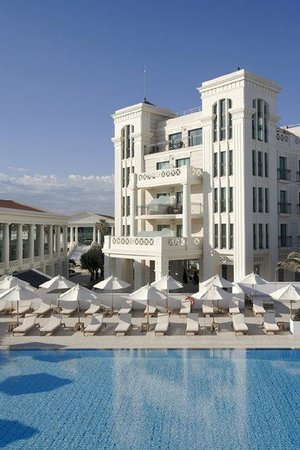 Hotel Las Arenas Balneario Resort: Pool