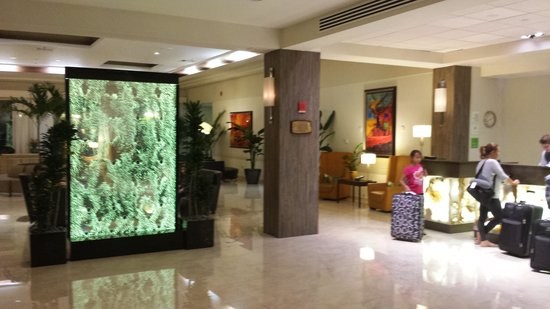 Holiday Inn Port of Miami Downtown: lobby