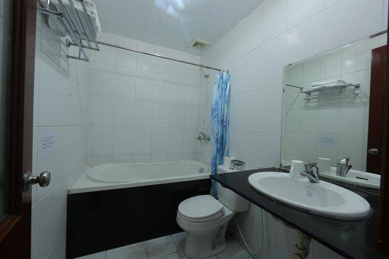 Little Hanoi Hostel : Barth room