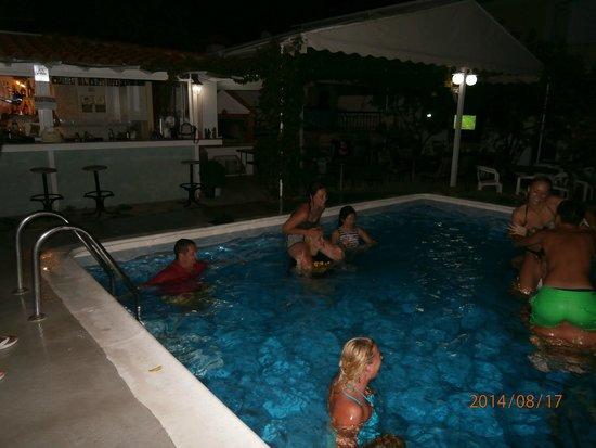 Anthis Studios: Pool Party