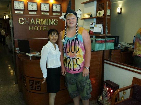 Hanoi Charming Hotel: Mina and son Bart in the lobby