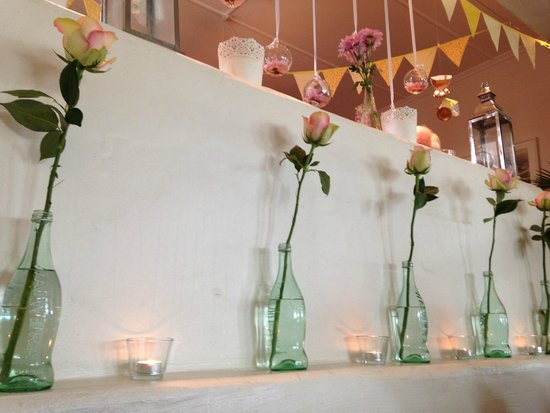 Bumble's: roses on the ledge