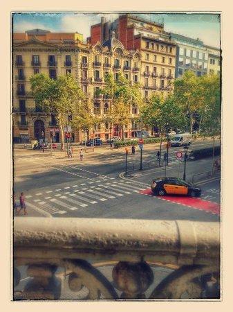 Hostalin Barcelona Gran Via : вид с балкона