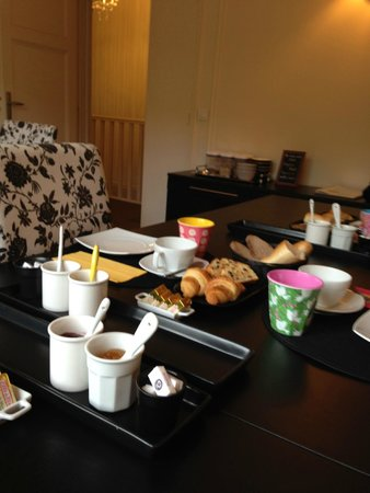 La Villa Paris : Breakfast