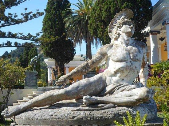 Sissi's Palace (Achilleon): Achille morente