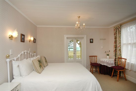 Mon Logis Bed and Breakfast : Bedroom