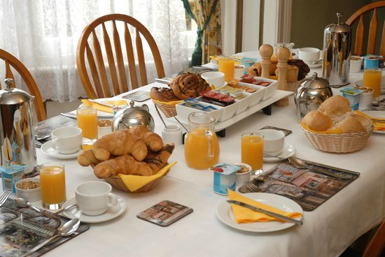 Mon Logis Bed and Breakfast : Breakfast