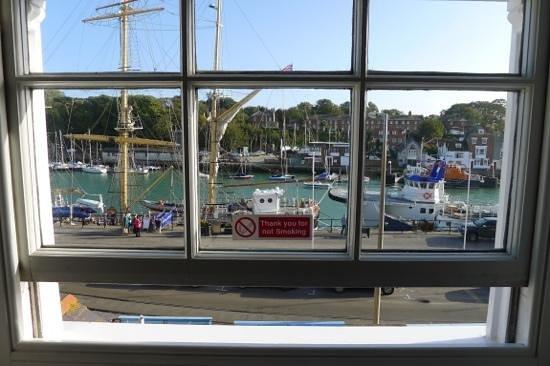 The Warwick : udsigt fra værelse på 2. etage