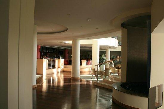 Pestana Grand Premium Ocean Resort: Lobby