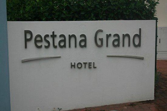 Pestana Grand Premium Ocean Resort: Hoteleingang