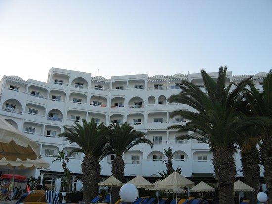 Eden Village Yadis Hammamet: Hotel dalla piscina