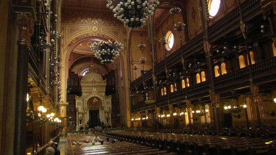 Große Synagoge (Nagy zsinagóga): Wnętrze