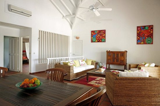Esmeralda Resort : ESMERALDADeluxe Suite Living Room