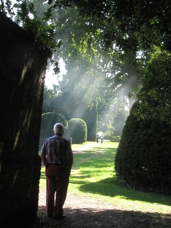 Kentwell Hall: Walking around the grounds breathing in the atmosphere