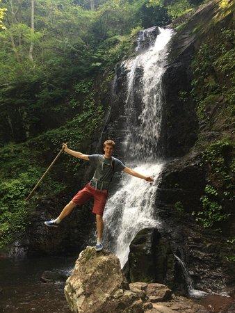 Satoyama Experience : Beautiful waterfall scenery