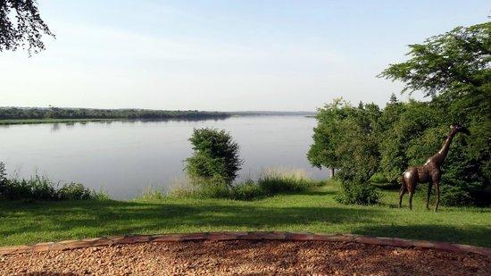 Murchison River Lodge: Sicht auf den Fluss