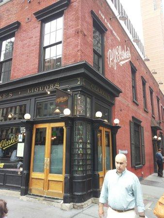 P.J. Clarke's : Local clásico