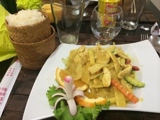 Le Petit Bangkok : poulet au curry : un regal