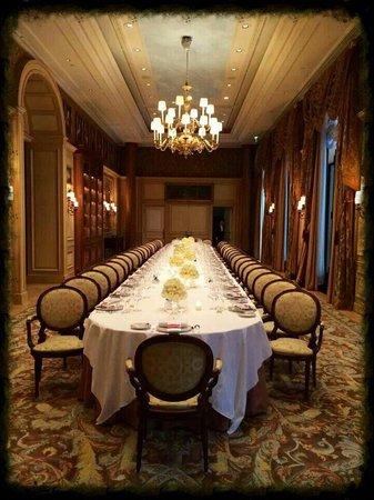 Four Seasons Hotel George V Paris: Un moment inoubliable!