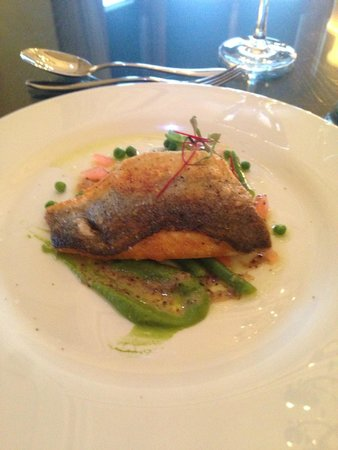 Kinnettles Castle: Sea Bass from the main course