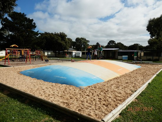 Victor Harbor Holiday and Cabin Park: Jumping pillow for young and old