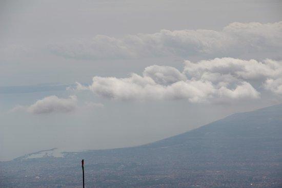 Etna Experience Excursions: Il mare visto dall'Etna