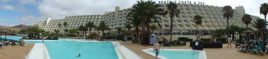 Hotel Beatriz Costa & Spa: Hotel View 1