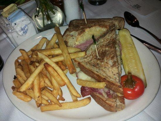 Old Ebbitt Grill : El reuben