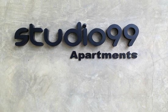 Studio 99 Serviced Apartments : Hotel & grounds
