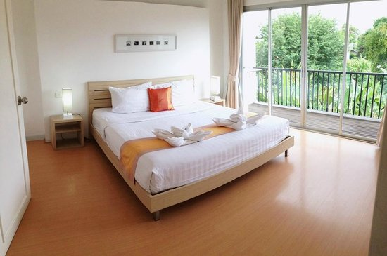 Studio 99 Serviced Apartments: Room