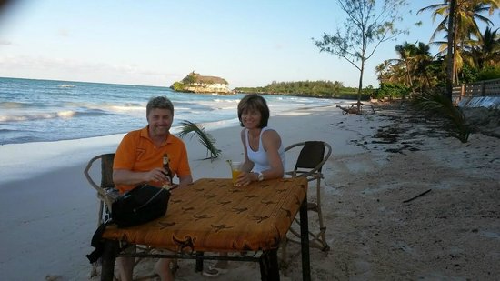 Karafuu Beach Resort and Spa : Strandbar