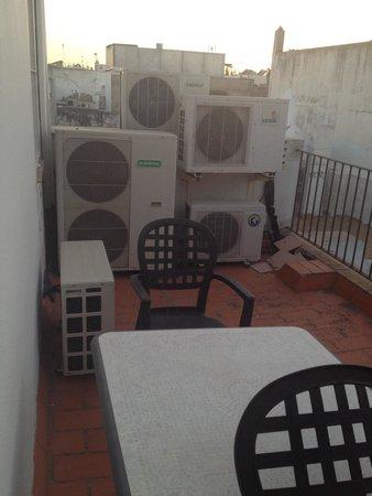 Hotel Casa del Regidor: El balcón de los horrores e imaginaros el ruido