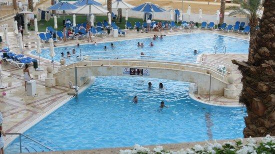 Crowne Plaza Dead Sea : Outdoor pool