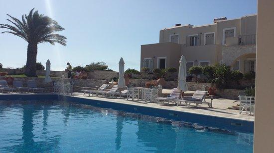 Kallisti Rooms & Apartments : piscina