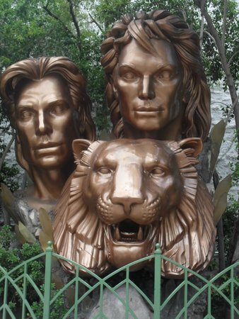 The Mirage Hotel & Casino: Siegfried and Roy