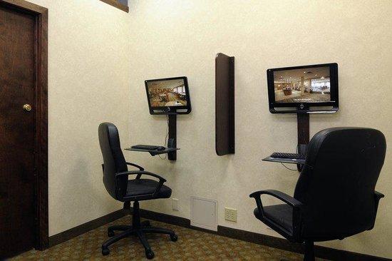 Best Western Plus Chicago Hillside: Business Center