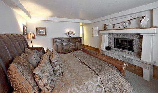The Pines Lodge, A RockResort: Pines Condo Master Bedroom