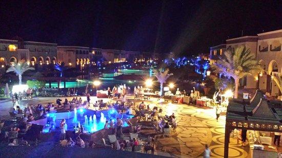 SENTIDO Mamlouk Palace Resort: Veduta delle piscine