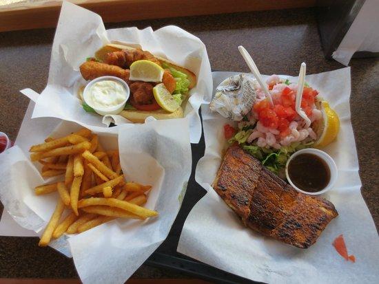 Ecola Seafoods Restaurant & Market: Side by side