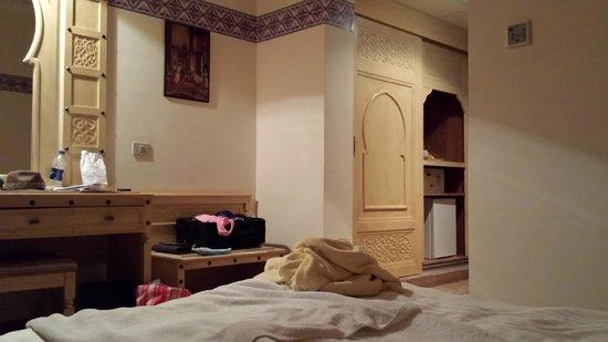 SENTIDO Mamlouk Palace Resort: Armadi in camera