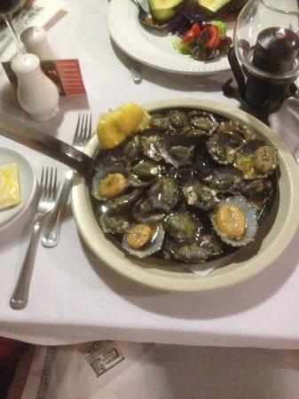Restaurante O Tapassol Terrace: limpets