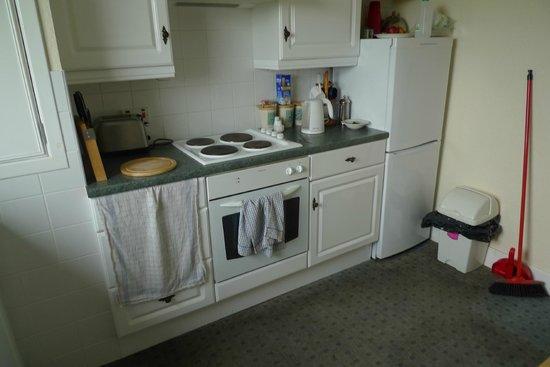 The Spiggie: kitchen