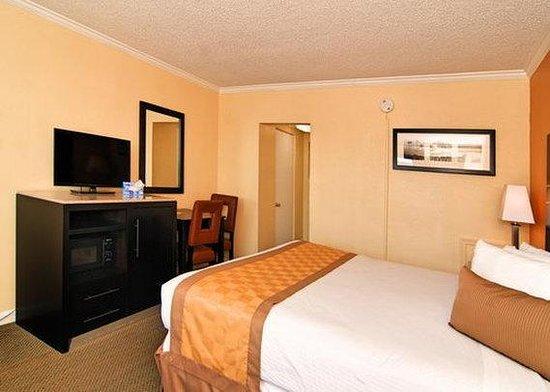 Rodeway Inn Boardwalk: room3